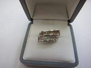 ダイヤモンドデザインリング高価買取・大阪神戸