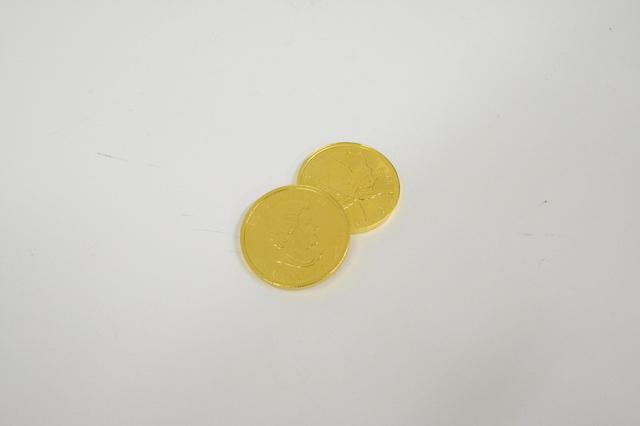 K24金エリザベス女王メイプルリーフ金貨1オンス高価買取