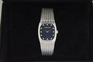 APオーデマ・ピゲ婦人時計750ホワイトゴールド12Pダイヤモンド入り買取いたしました。