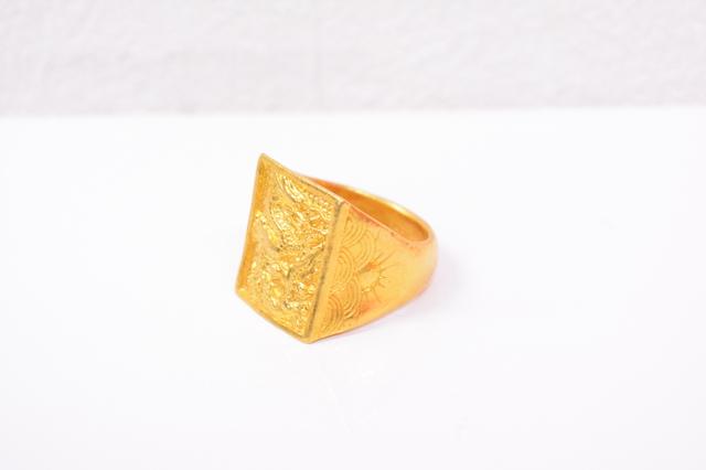 中国製24金ドラゴンリング印台純金指輪高価買取