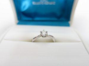 銀座ダイヤモンドシライシGINZA DIAMOND SHIRAISHI婚約指輪Pt900プラチナ製0.32ctダイヤリング5.3g買取いたしました。