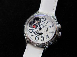ゼニスレディース時計スターオープンダイヤベゼル買取りました。