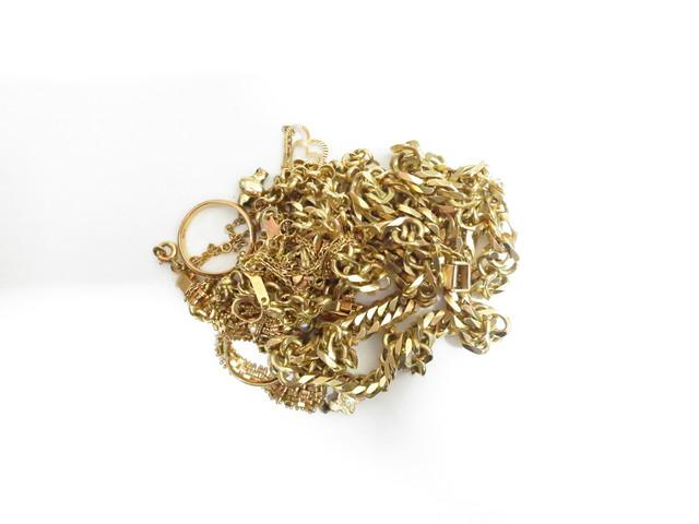 K18金ネックレスやリングなど総重量143.8g買取いたしました。