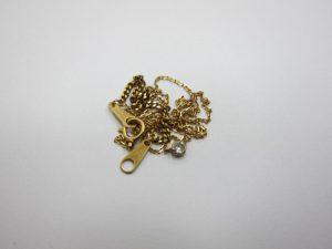 K18金切れたネックレス買取りさせて頂きました。