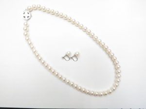 パール数珠ネックレス&イヤリング K14留具 アコヤ花珠7~7.5mm買取いたしました。