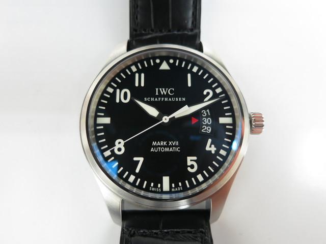 IWC マーク17 パイロットウォッチ マークシリーズ強化買取中