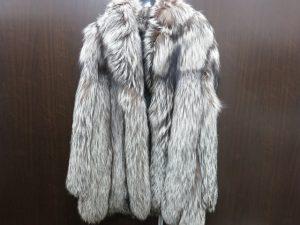 SAGAサガフォックス毛皮コート シルバー買取いたしました。
