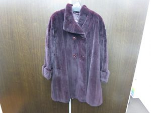 毛皮シェアードミンク ハーフコート 紫 買取いたしました。