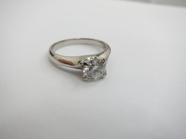ダイヤモンド 買取 大阪神戸 0.9カラット台 立て爪リング 高額査定