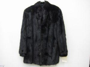 毛皮ミンクハーフコート買取いたしました。