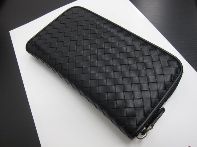 ボッテガ・ヴェネタ メンズラウンドジップ長財布黒買取いたしました。
