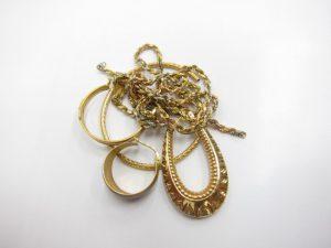 K18金ネックレスやイヤリング14.6g買取いたしました。
