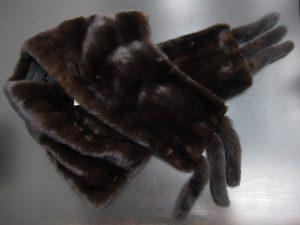 EMBAエンバミンク毛皮ショール買取いたしました。