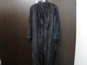 毛皮ミンクロングコート黒買取いたしました。