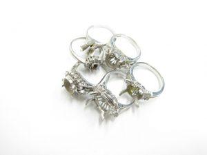 pt900リング空枠メレーダイヤ計1.16ct付き買取いたしました。