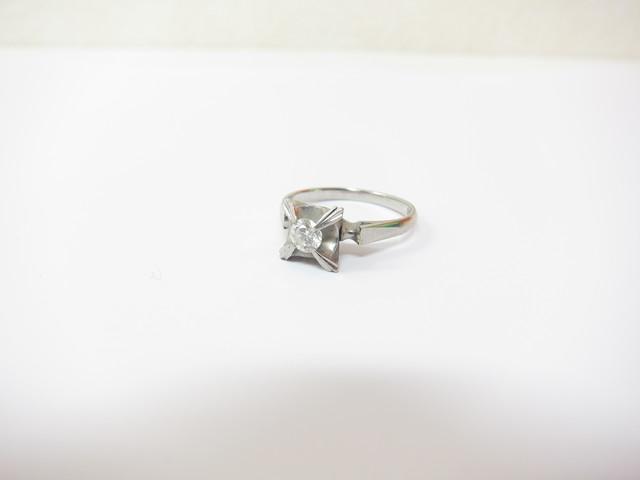 プラチナダイヤモンドリングPt900/3.2gダイヤモンド0.21カラット買取いたしました。
