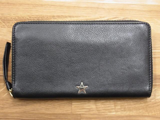 ジバンシーGIVENCHY スター ラウンドジップ長財布 13M6199-003-001買取いたしました。