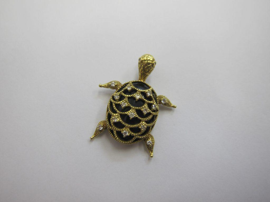亀デザインネックレストップ高価買取・大阪神戸オニキス・ダイヤジュエリー