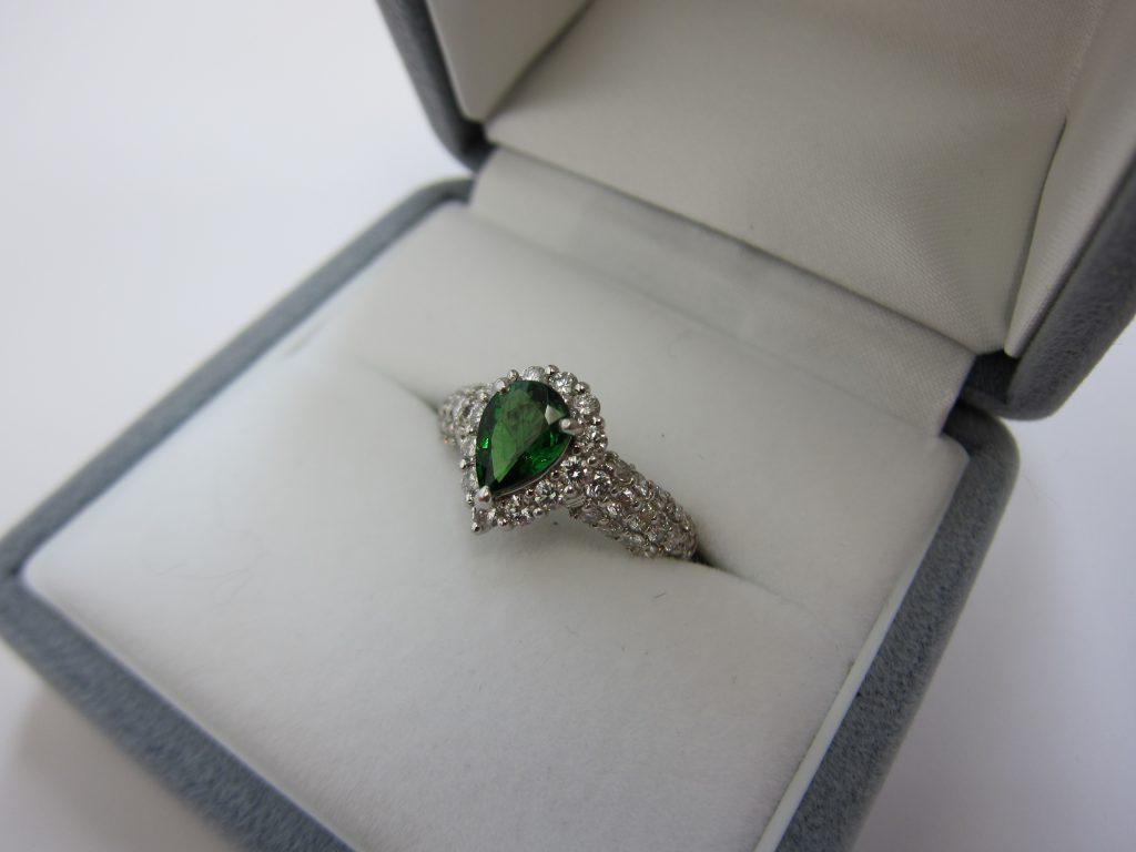 グリーンガーネット ダイヤモンドリング 高価買取 大阪神戸
