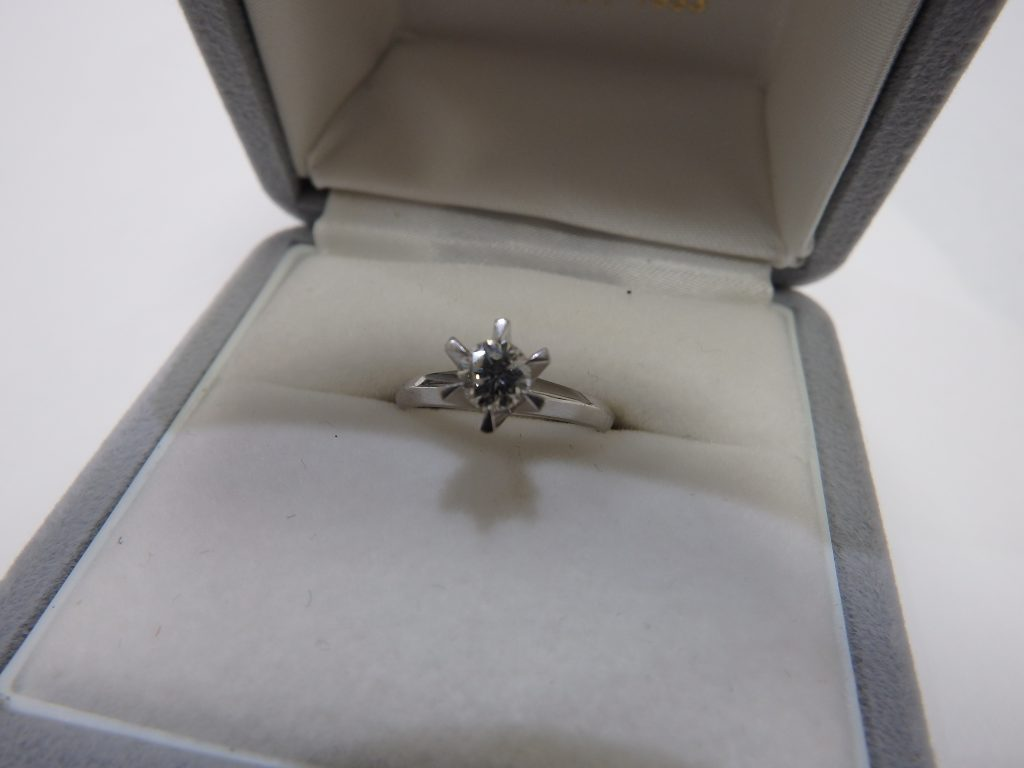 婚約 一粒ダイヤモンド デザインダイヤモンド リング 高価買取 大阪神戸