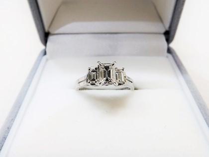 ダイヤモンドリング買取大阪神戸スクエアカットダイヤモンド買取査定梅田