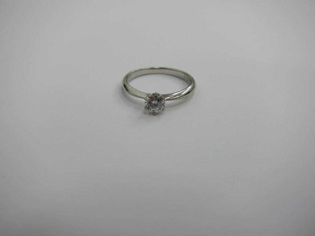ダイヤモンド 買取 神戸 大阪 ソリテールダイヤリング 0.257ct 無料査定