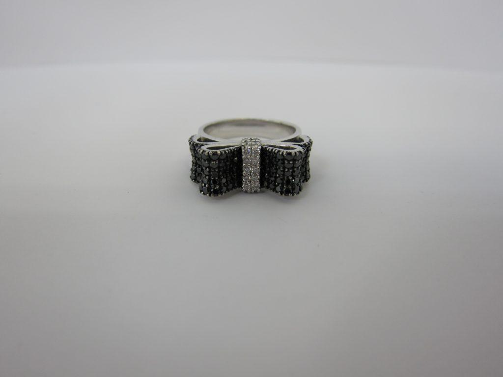 ポンテヴェキオ K18WG ブラックダイヤモンド リボンリング 大阪神戸買取