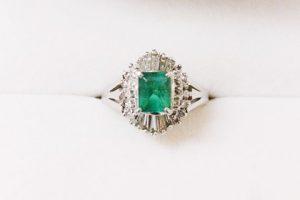 エメラルドダイヤモンドプラチナリング買取大阪神戸
