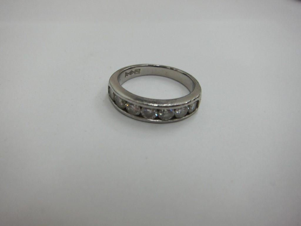 プラチナpt900 ラージダイヤモンド一文字リング買取 大阪神戸