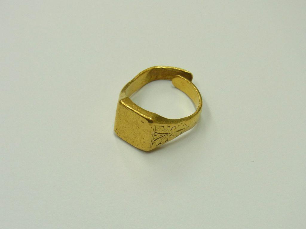 純金印台リングk24金 インゴット 貴金属 買取 大阪神戸