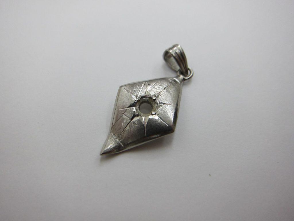 ダイヤモンドを外したpt900ネックレストップ 買取 大阪神戸