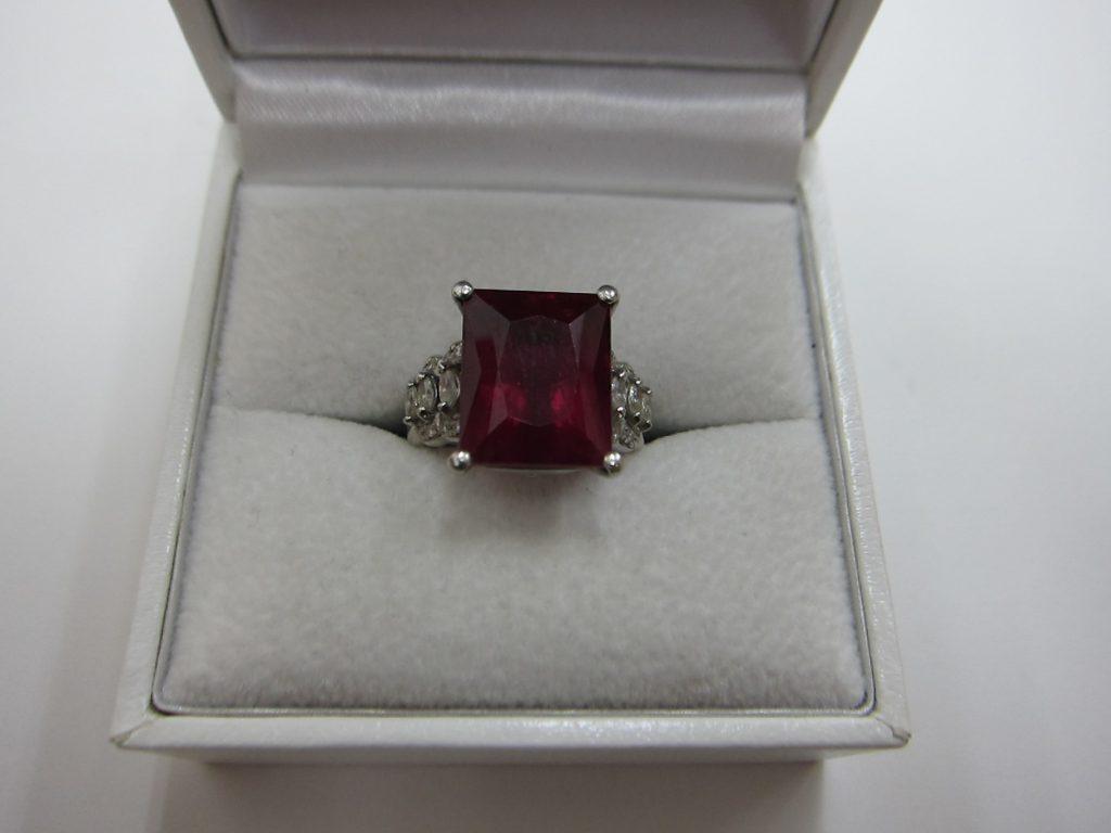 ルベライトダイヤモンド プラチナpt900リング 買取